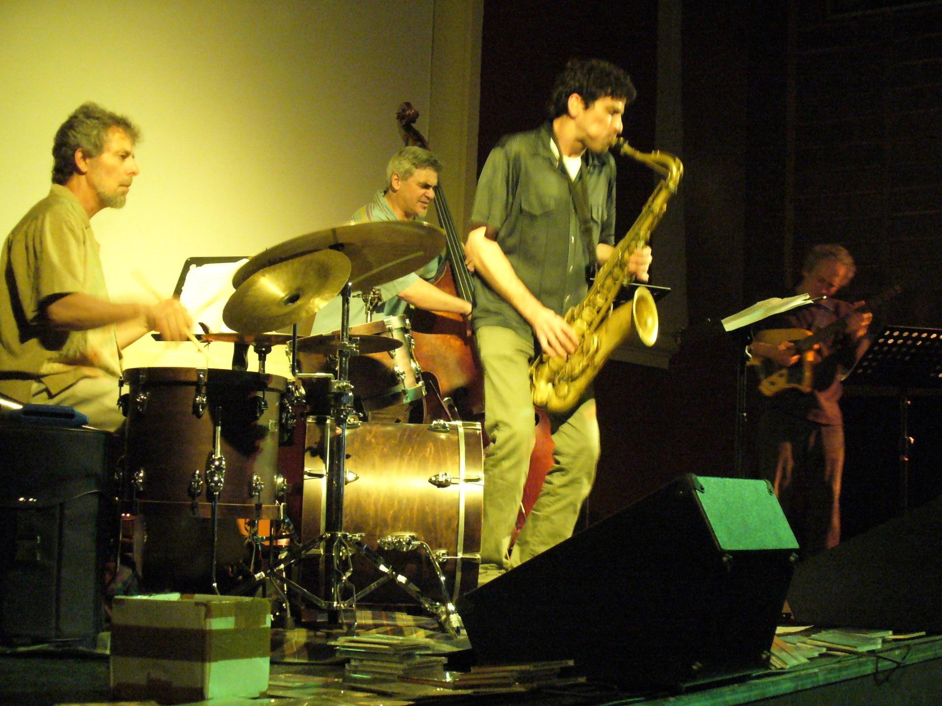 gauci quartet w/ kenny wessel, ken filiano, lou grassi. Székesfehérvár Hungary